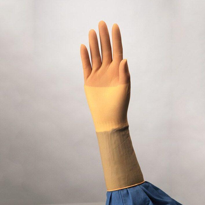 Sertificēti augstas kvalitātes STERILI ķirurģiskie LATEKSA gumijas cimdi Protexis™, nepūderēti, izmērs 7.5/Protexis™ Latex Surgical Gloves